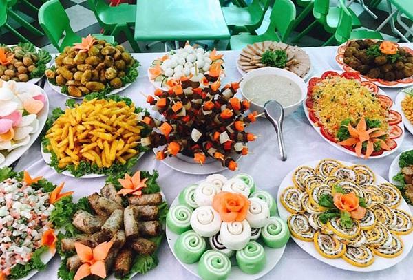 Thực đơn các món ăn trong tiệc buffet cho trẻ em
