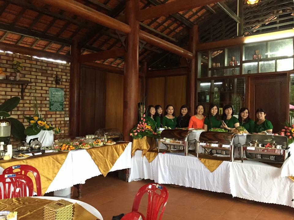 thu-don-tiec-buffet-gom-nhung-mon-gi-1
