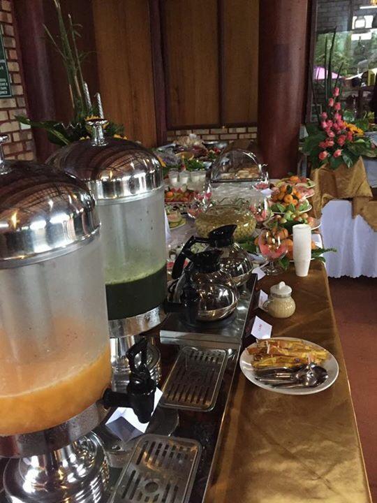 thu-don-tiec-buffet-gom-nhung-mon-gi-4
