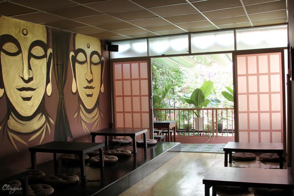 Trang trí hình Đức Phật cho nhà hàng buffet chay